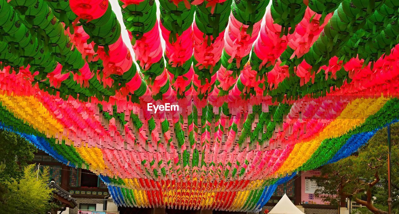 chinese lantern, multi colored, hanging, cultures, chinese new year, lantern, chinese lantern festival, no people, day, outdoors, architecture