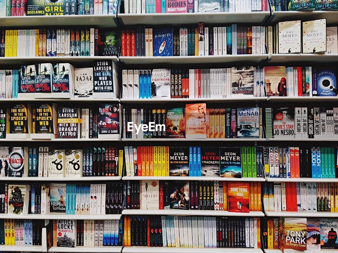Full Frame Shot Of Books Arranged In Shelves