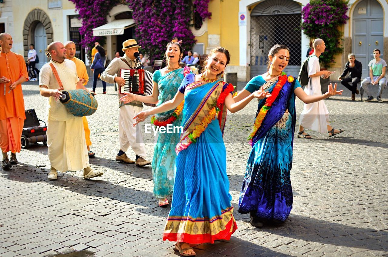 WOMAN DANCING IN EVENT