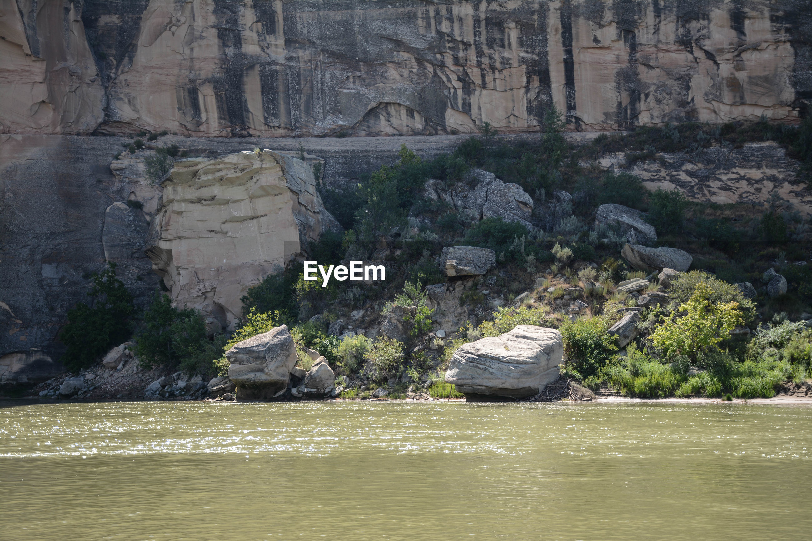 SCENIC VIEW OF ROCK FORMATION