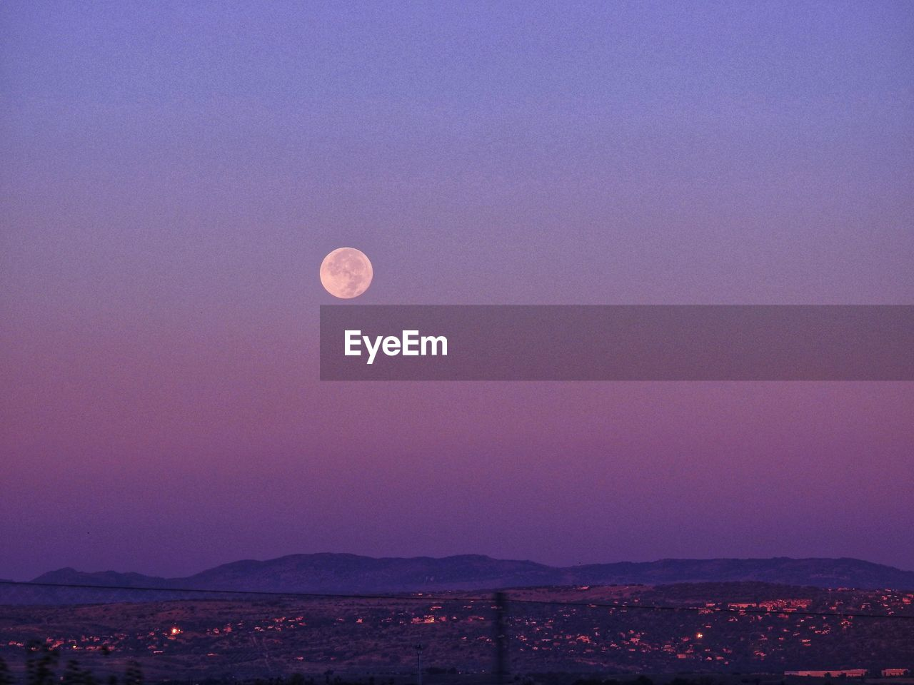 sky, moon, beauty in nature, scenics - nature, night, tranquil scene, full moon, tranquility, no people, nature, mountain, dusk, idyllic, space, astronomy, clear sky, copy space, outdoors, planetary moon, landscape