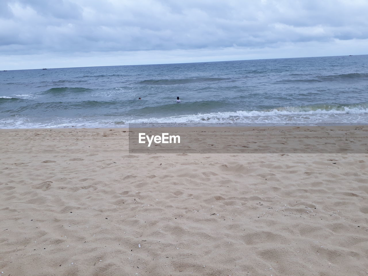 sea, beach, horizon over water, nature, water, sky, beauty in nature, tranquility, sand, scenics, cloud - sky, tranquil scene, day, wave, outdoors, vacations, no people