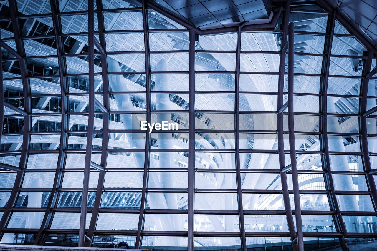 built structure, glass - material, architecture, pattern, indoors, full frame, backgrounds, transparent, modern, no people, low angle view, shape, blue, building, day, design, window, architectural feature, ceiling, steel, glass, alloy