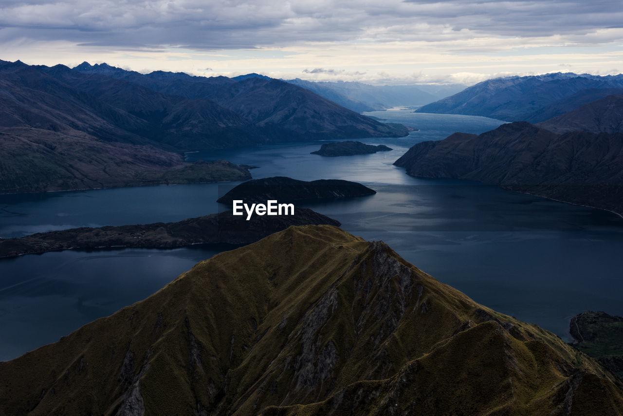 Roys peak view new zealand