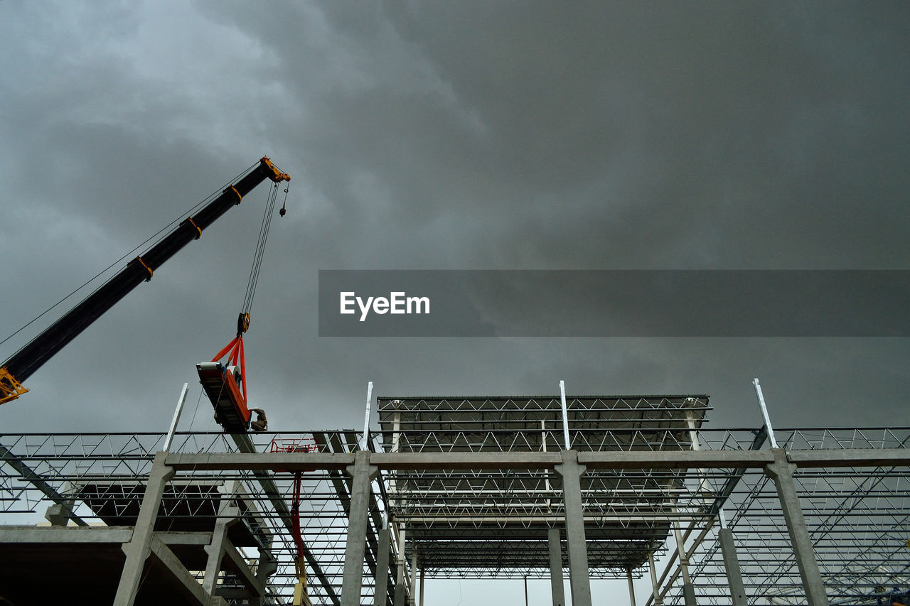 sky, cloud - sky, built structure, low angle view, architecture, day, outdoors, progress, no people, city