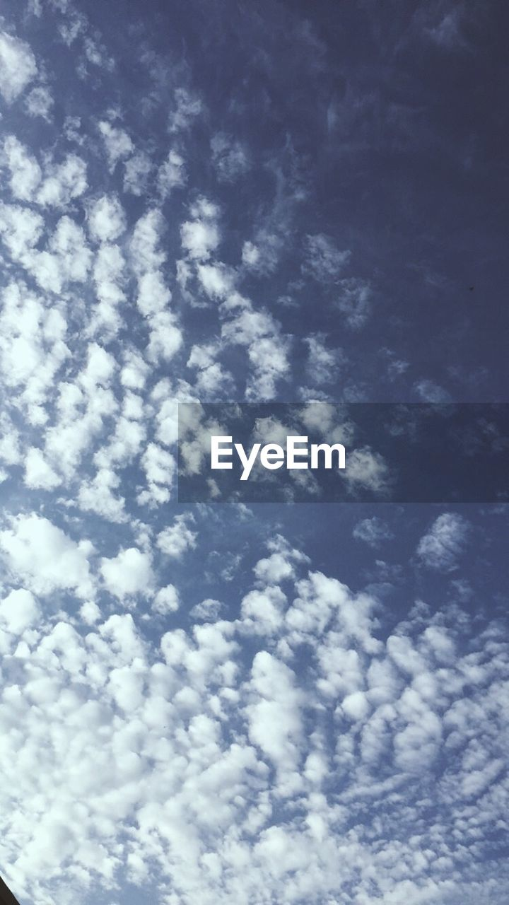 backgrounds, beauty in nature, sky, low angle view, nature, cloud - sky, full frame, sky only, no people, cloudscape, scenics, day, blue, tranquility, outdoors