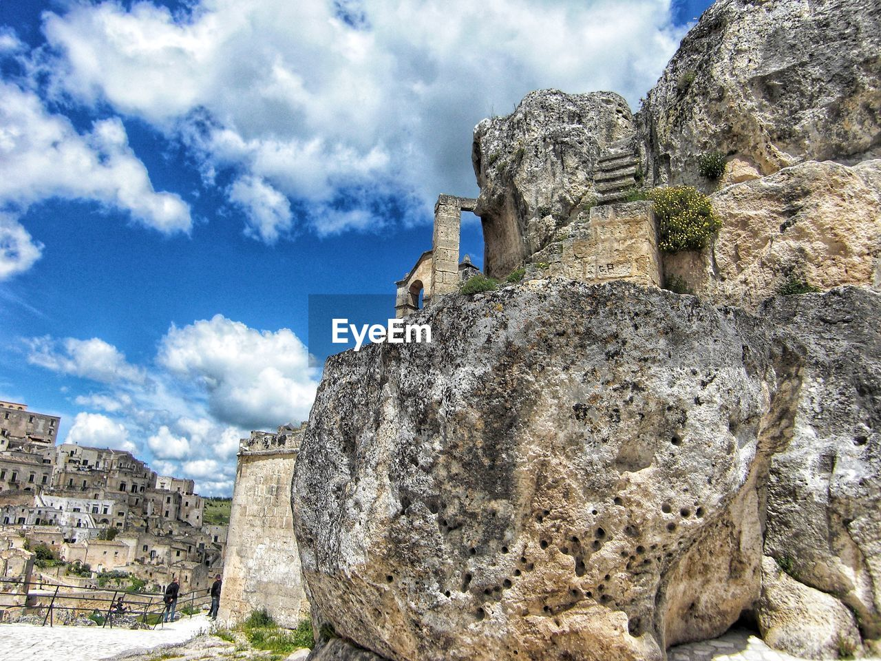 built structure, architecture, cloud - sky, sky, history, building exterior, the past, ancient, rock, day, building, nature, solid, old ruin, low angle view, rock - object, no people, rock formation, travel destinations, travel, ancient civilization, outdoors, archaeology, ruined, stone wall, ancient history