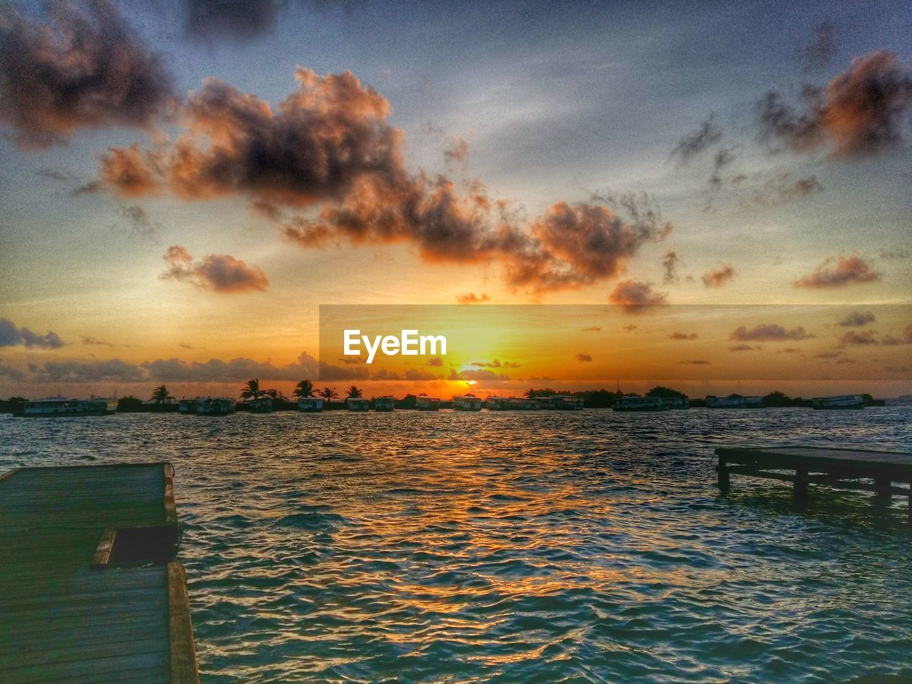 sunset, sea, water, nature, beauty in nature, sky, scenics, tranquility, tranquil scene, no people, outdoors, cloud - sky