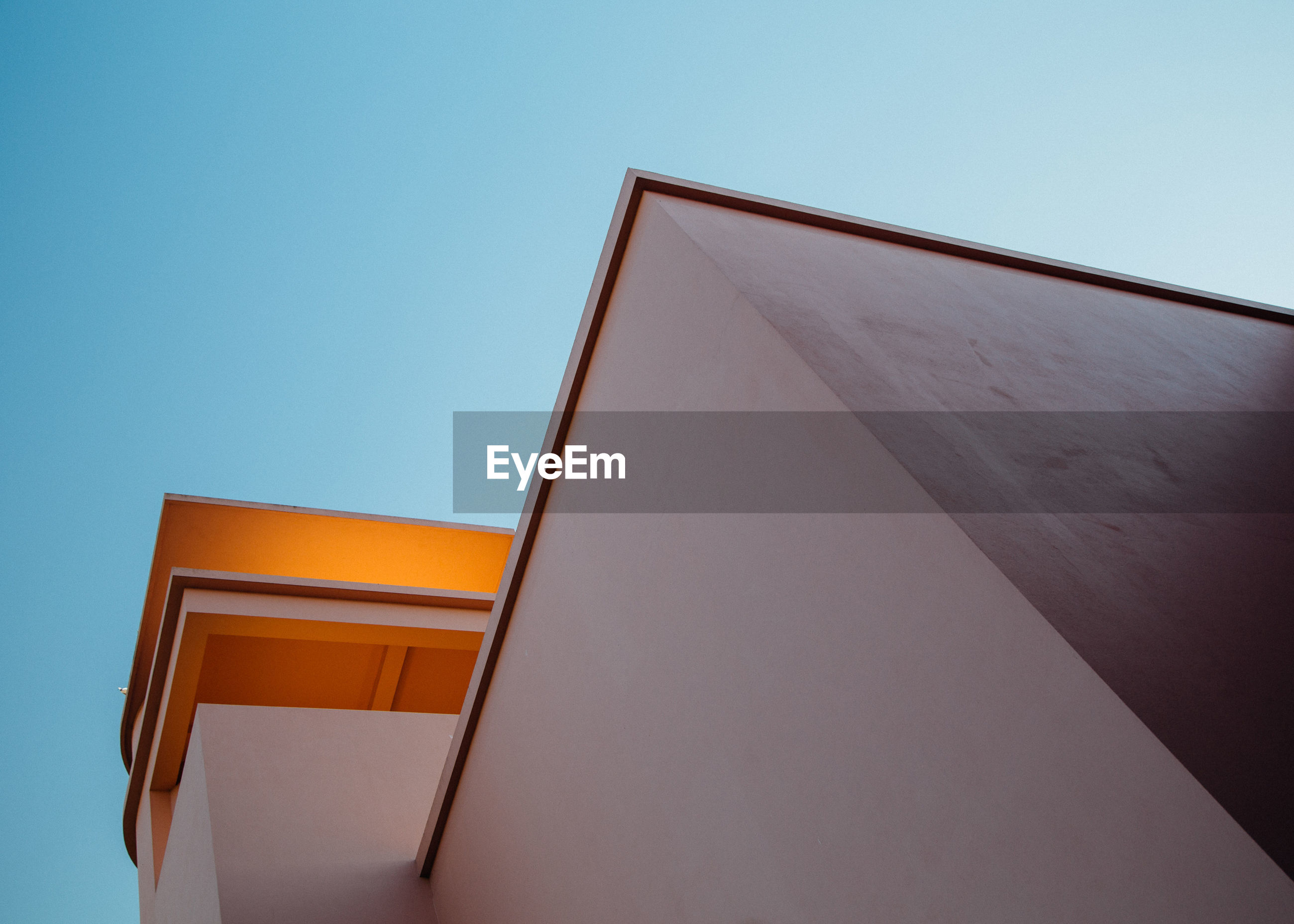 low angle view, architecture, built structure, building exterior, clear sky, copy space, no people, day, outdoors, sky