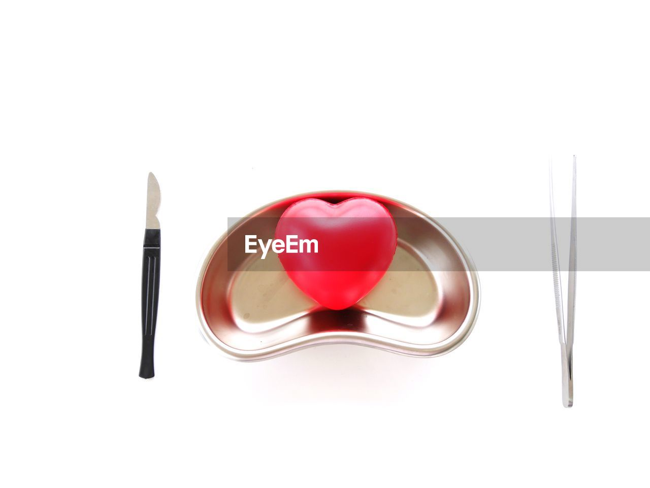 white background, studio shot, eating utensil, still life, kitchen utensil, copy space, red, indoors, cut out, heart shape, close-up, spoon, fork, no people, love, food and drink, positive emotion, directly above, freshness, emotion, table knife, temptation