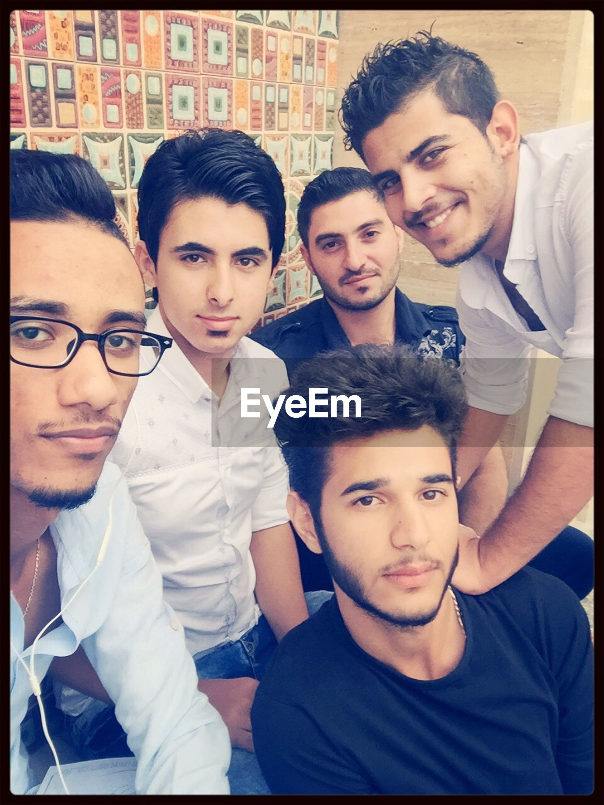 togetherness, bonding, portrait, person, looking at camera, love, lifestyles, smiling, happiness, leisure activity, friendship, family, front view, young men, young adult, casual clothing, transfer print, sister