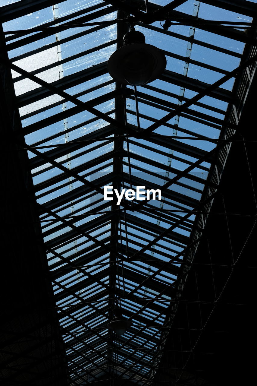 low angle view, ceiling, indoors, no people, architecture, day