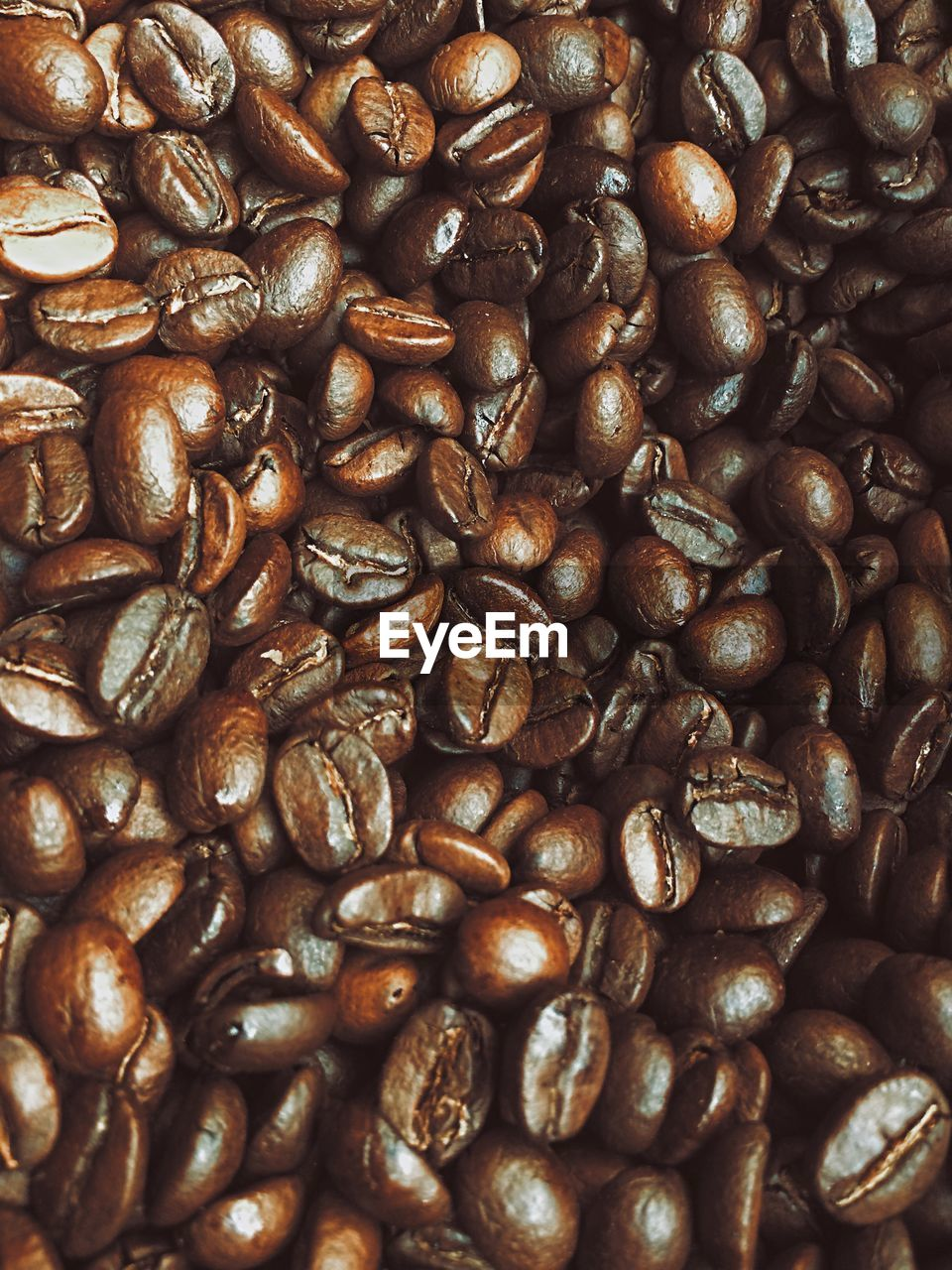 coffee - drink, coffee, food and drink, roasted coffee bean, backgrounds, full frame, food, freshness, large group of objects, brown, no people, still life, abundance, indoors, close-up, caffeine, coffee bean, pattern, high angle view, drink