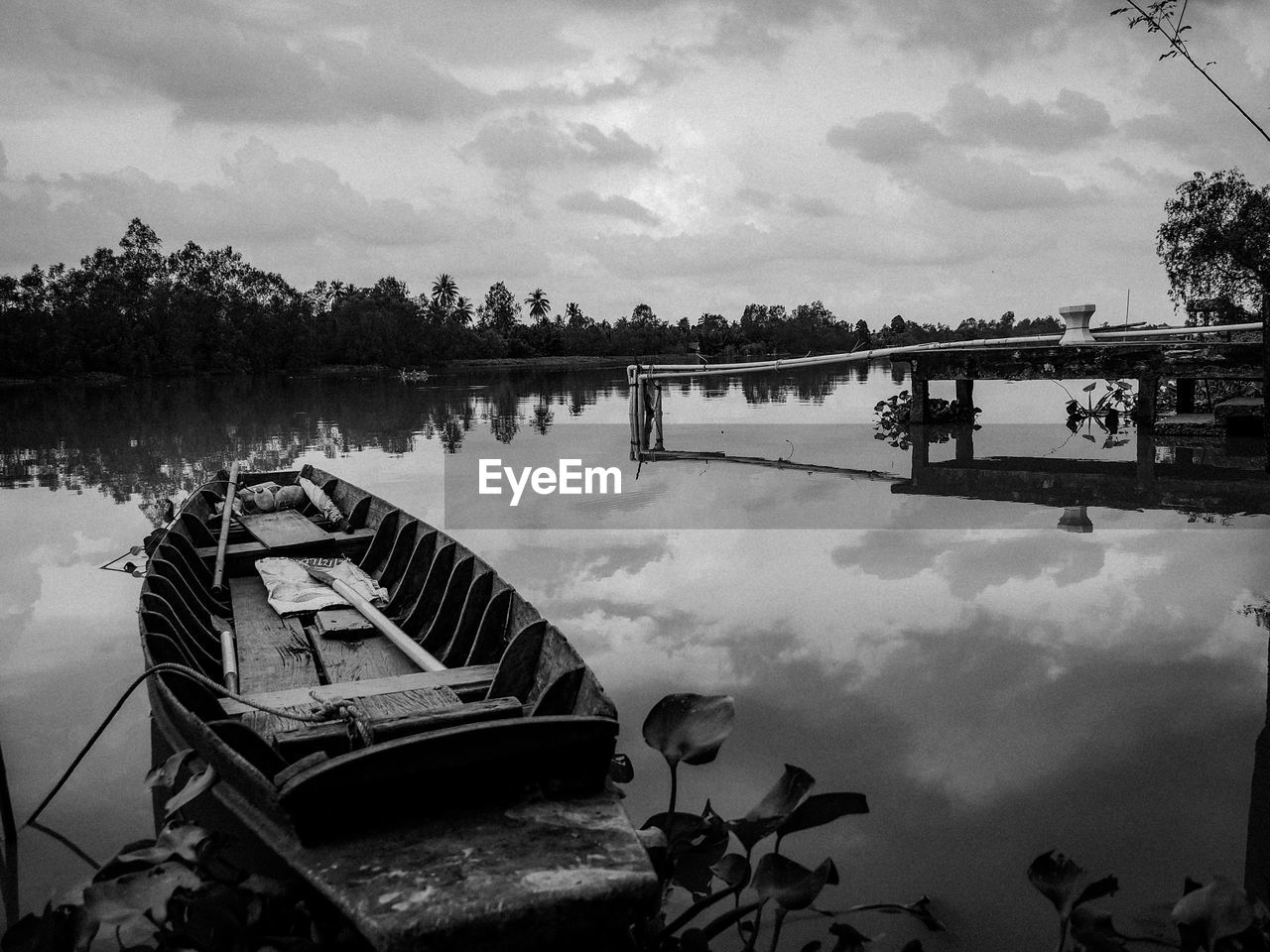 water, sky, cloud - sky, lake, nature, reflection, tree, nautical vessel, transportation, mode of transportation, plant, tranquility, tranquil scene, day, scenics - nature, beauty in nature, no people, outdoors, moored