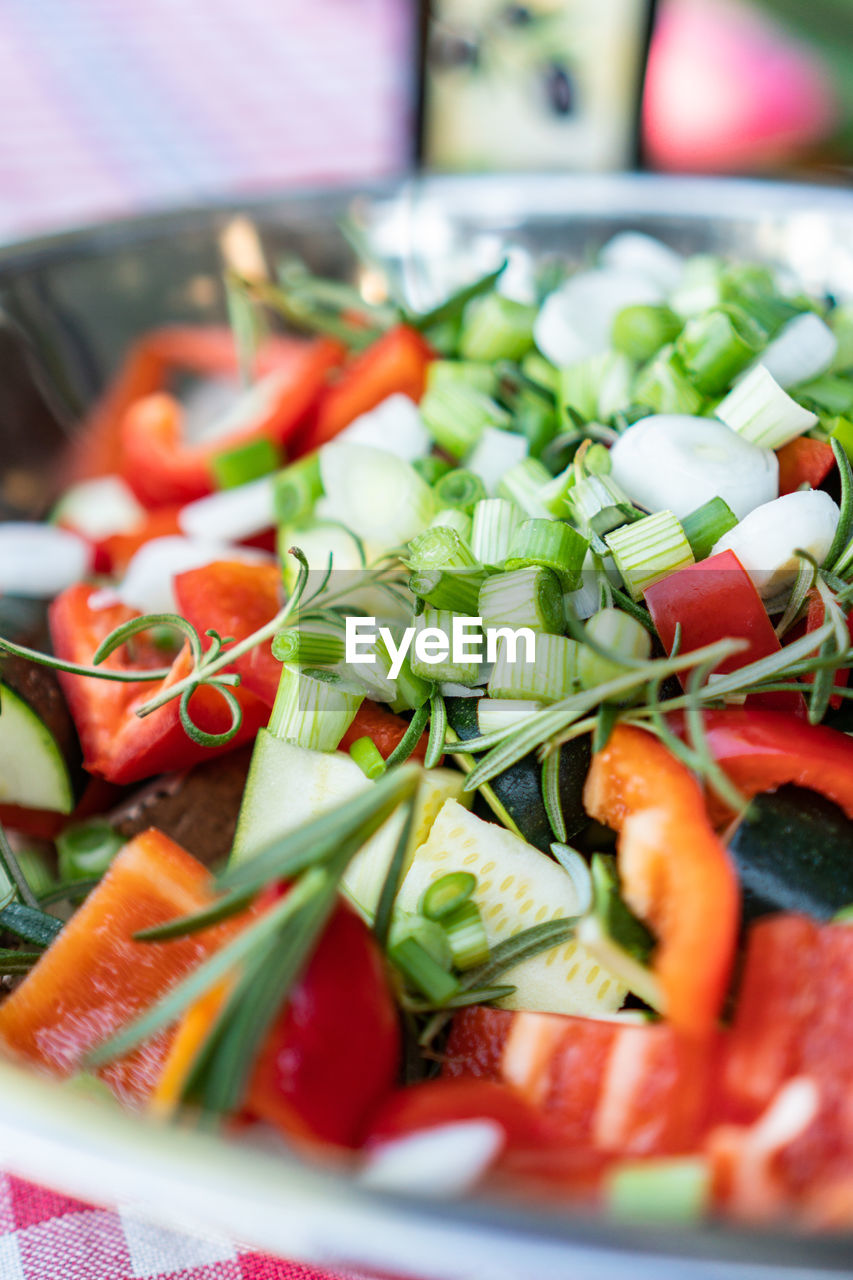 food and drink, vegetable, food, healthy eating, wellbeing, freshness, selective focus, salad, fruit, tomato, close-up, still life, no people, indoors, plate, ready-to-eat, slice, chopped, serving size, red, vegetarian food, herb, garnish