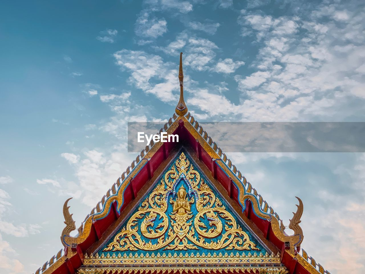 cloud - sky, sky, built structure, architecture, low angle view, no people, religion, belief, pattern, day, building, spirituality, building exterior, place of worship, design, nature, art and craft, high section, outdoors, ornate