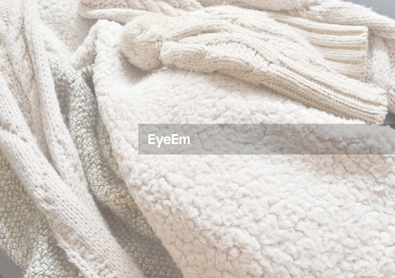 wool, white color, textile, textured, pattern, no people, close-up, indoors, day