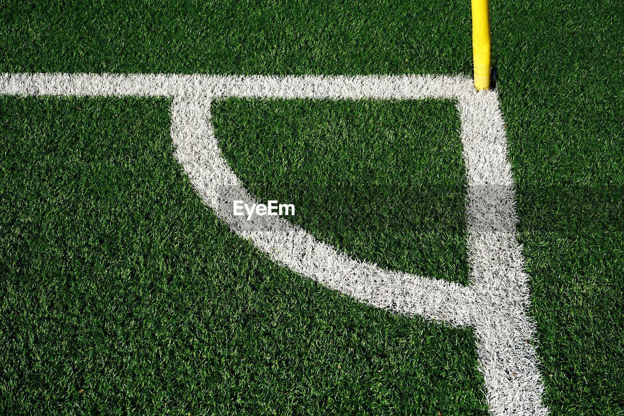 grass, sport, soccer, green color, playing field, soccer field, plant, white color, team sport, turf, no people, nature, american football field, single line, high angle view, competitive sport, outdoors, day, competition, backgrounds, textured effect, yard line - sport, soccer team, clean, blank