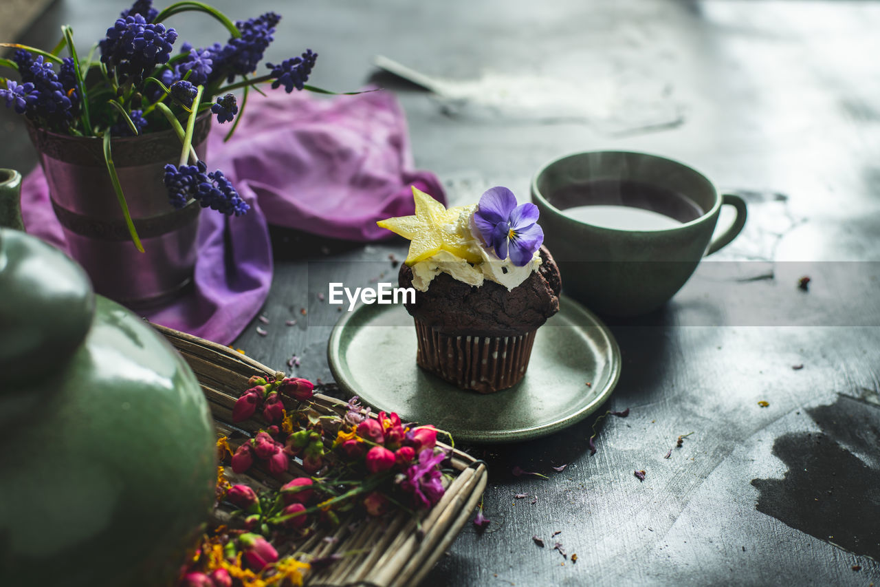 flower, flowering plant, freshness, plant, food, food and drink, sweet food, table, sweet, dessert, no people, still life, nature, indulgence, beauty in nature, close-up, purple, temptation, decoration, indoors