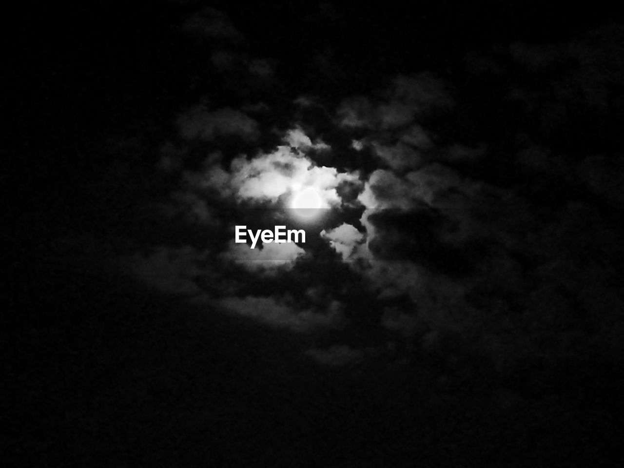 sky, night, low angle view, cloud - sky, moon, nature, no people, space exploration, outdoors, beauty in nature, scenics, sky only, astronomy, space, crescent