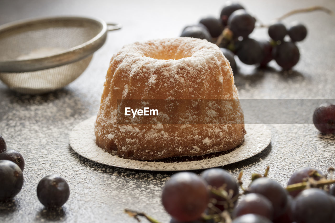 food and drink, food, freshness, still life, sweet food, indoors, close-up, indulgence, selective focus, no people, table, sweet, ready-to-eat, temptation, dessert, baked, sugar, plate, unhealthy eating, powdered sugar