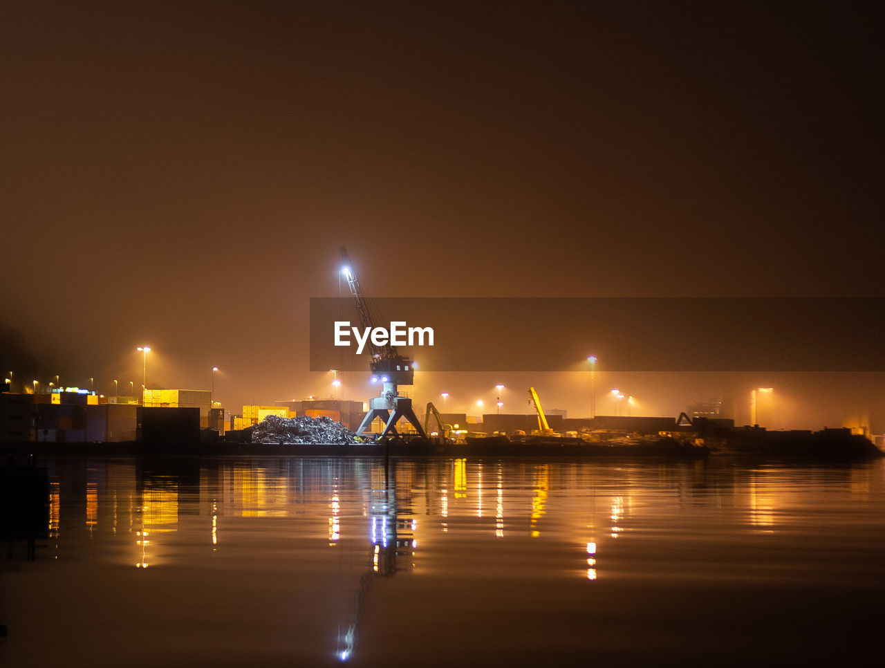 water, illuminated, sky, night, reflection, architecture, waterfront, built structure, no people, transportation, river, nature, connection, building exterior, city, bridge - man made structure, bridge, lighting equipment, copy space, outdoors, light, bay