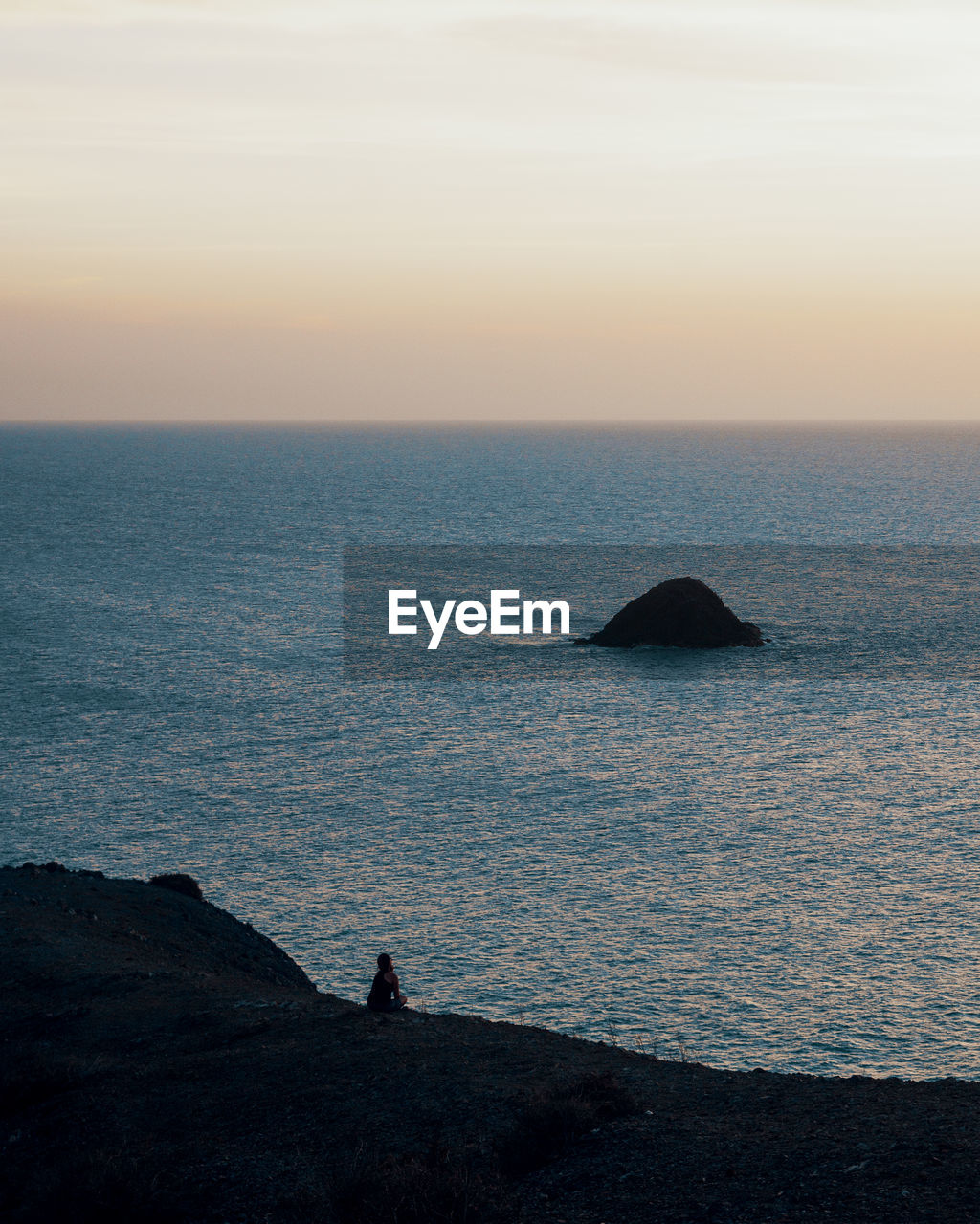 sea, sky, water, horizon over water, horizon, beauty in nature, sunset, scenics - nature, tranquil scene, tranquility, nature, idyllic, rock, rock - object, non-urban scene, land, solid, outdoors, silhouette
