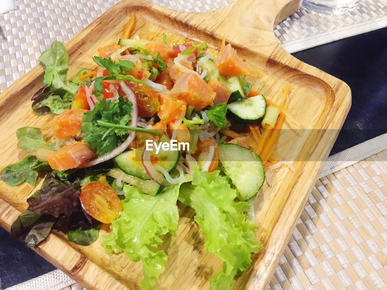 cutting board, food and drink, food, high angle view, indoors, healthy eating, no people, vegetable, lettuce, close-up, freshness, ready-to-eat, day