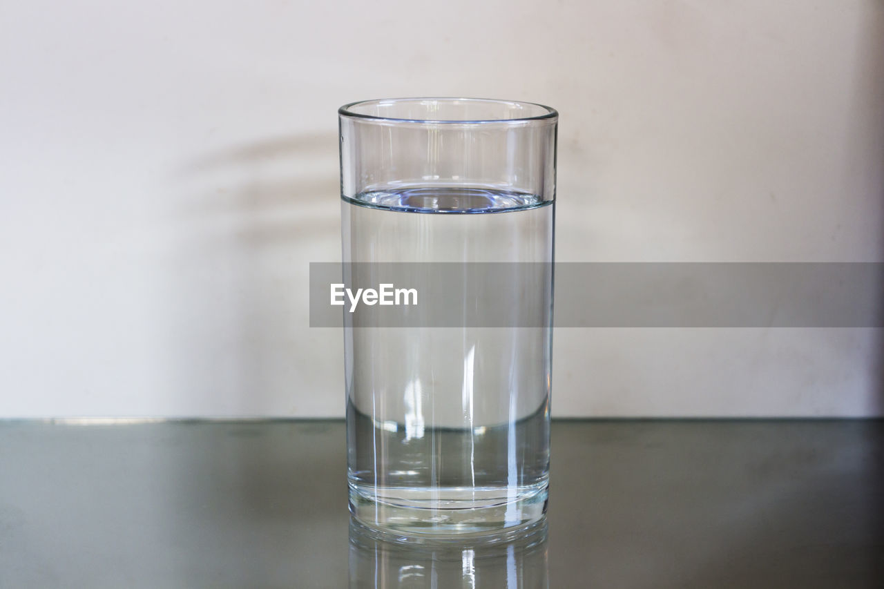 water, drinking glass, drinking water, no people, close-up, indoors, drink, freshness, dissolving, day
