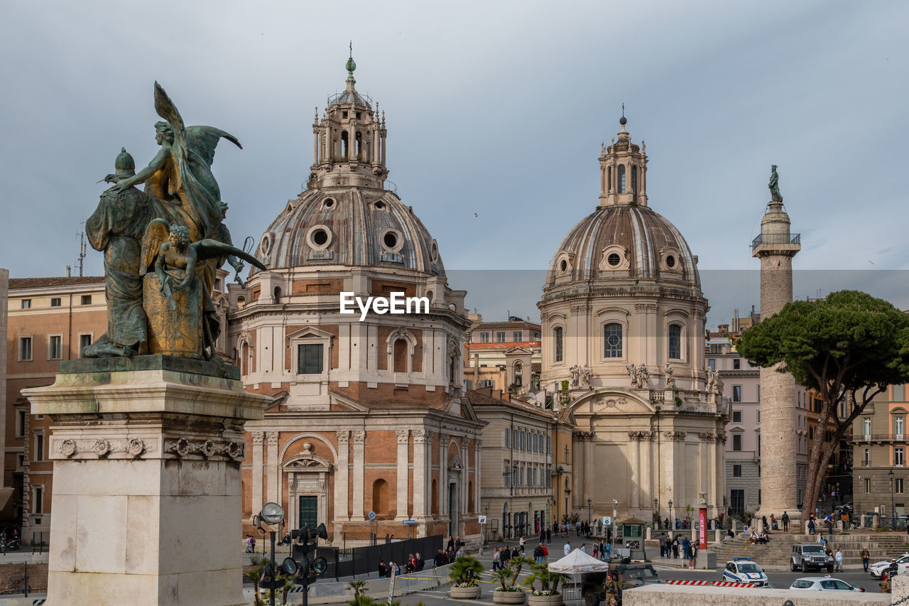 architecture, building exterior, built structure, sky, travel destinations, dome, travel, sculpture, city, statue, religion, tourism, place of worship, the past, history, art and craft, belief, building, nature, outdoors