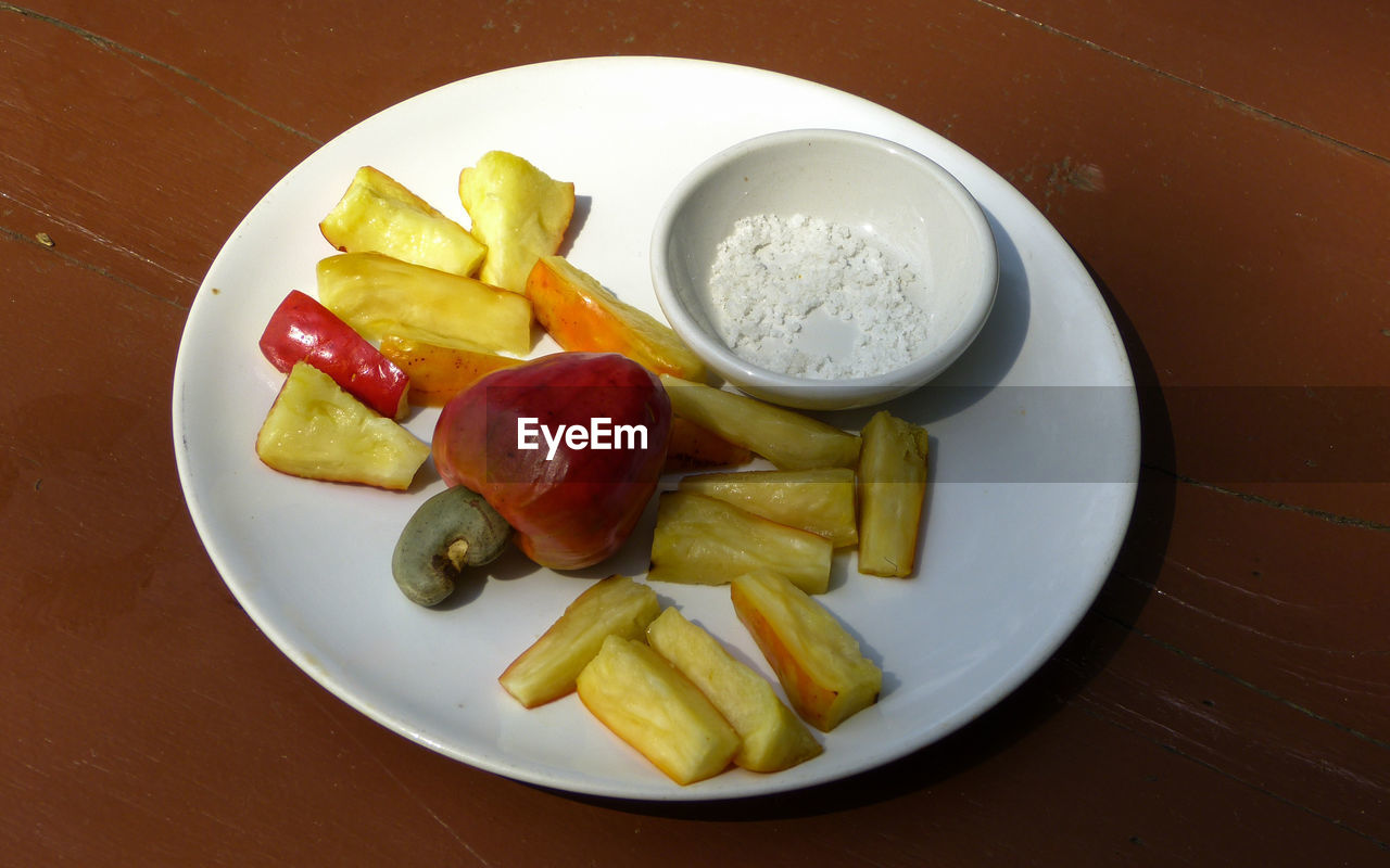 food and drink, food, healthy eating, freshness, fruit, plate, banana, no people, slice, high angle view, table, indoors, ready-to-eat, close-up, day