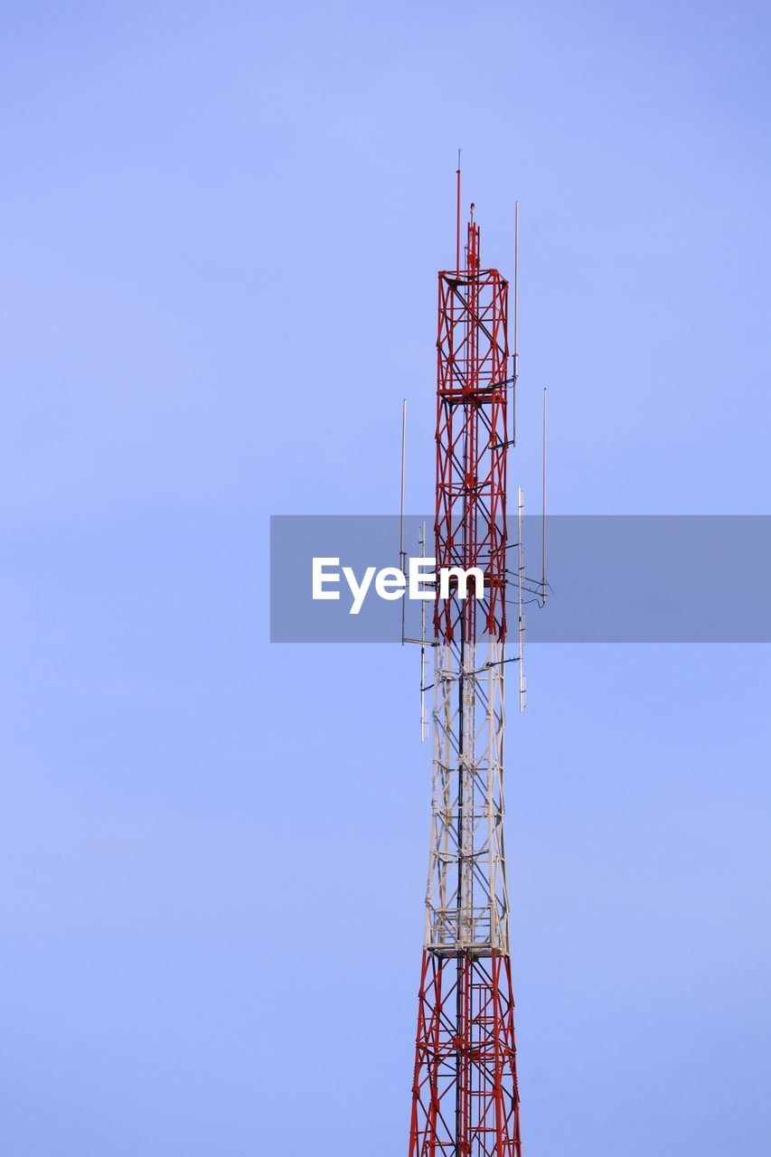 communication, technology, built structure, low angle view, architecture, tall - high, tower, global communications, sky, connection, no people, wireless technology, broadcasting, satellite, metal, clear sky, blue, nature, antenna - aerial, outdoors, station, electrical equipment, radio wave