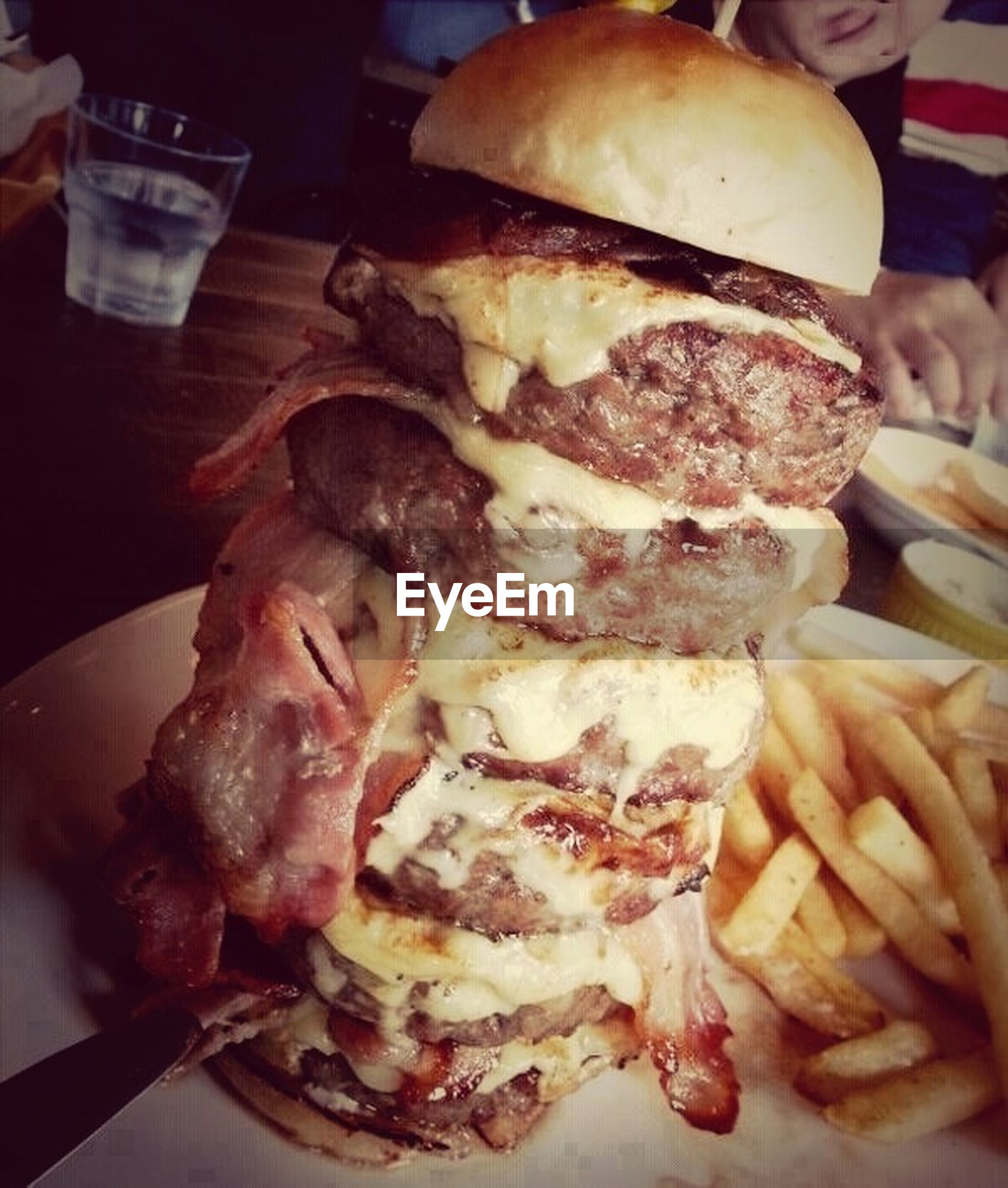 food and drink, food, freshness, indoors, ready-to-eat, still life, plate, close-up, indulgence, unhealthy eating, serving size, meat, meal, table, french fries, slice, temptation, appetizer, fast food