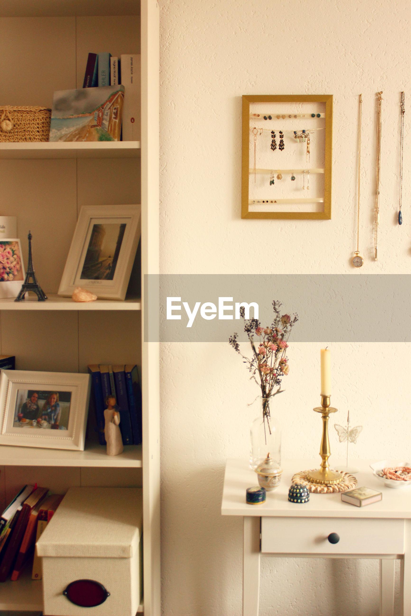 indoors, home interior, shelf, domestic room, no people, cabinet, home showcase interior, domestic life, architecture, bookshelf, bedroom, day