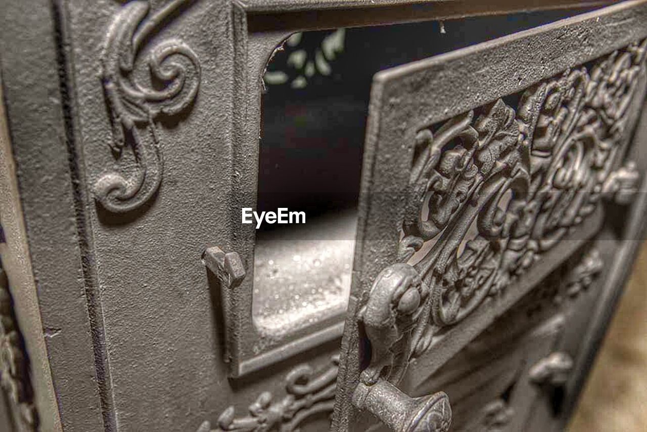 metal, text, close-up, wrought iron, communication, no people, public mailbox, old-fashioned, day, outdoors