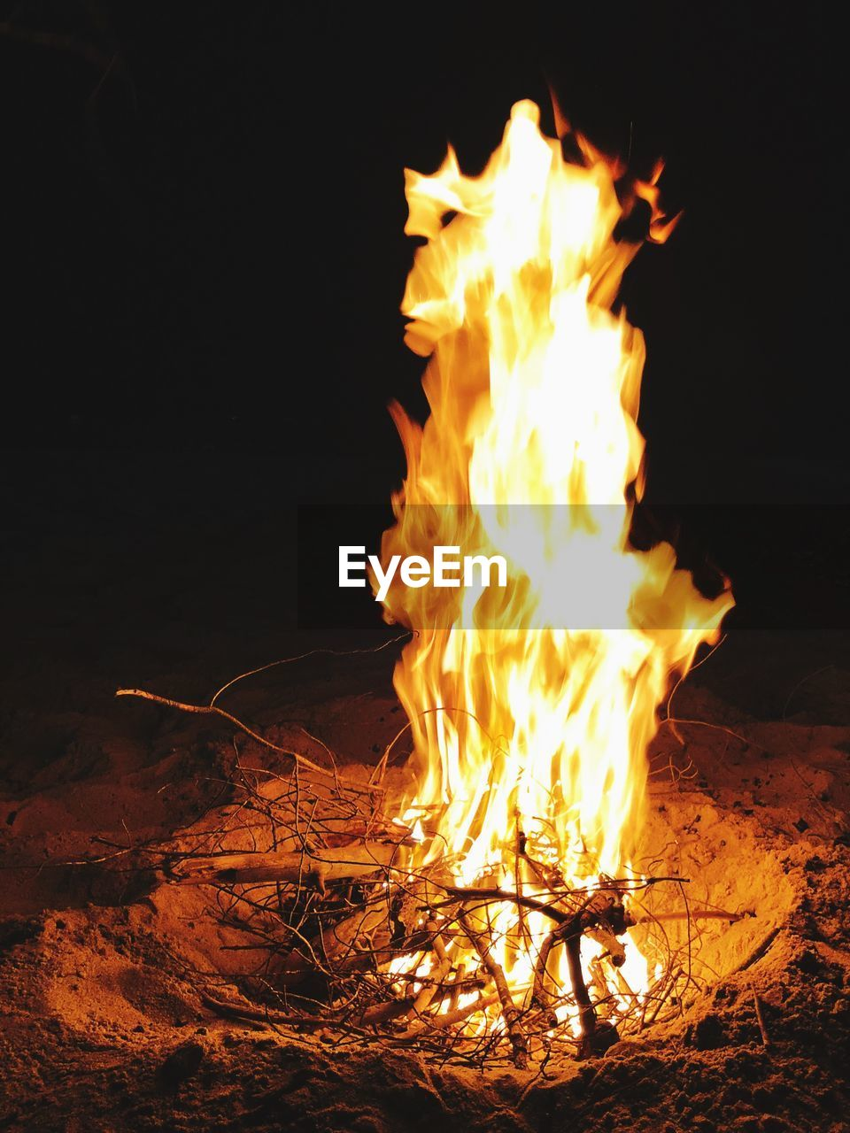 flame, fire, burning, fire - natural phenomenon, heat - temperature, night, bonfire, glowing, land, nature, motion, orange color, wood, log, long exposure, no people, firewood, campfire, field, wood - material