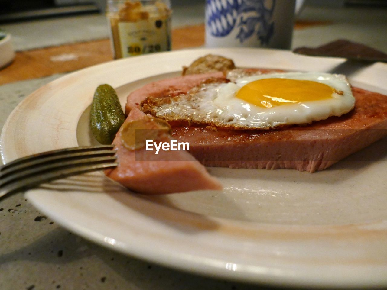food and drink, food, egg, breakfast, plate, fried egg, indoors, ready-to-eat, no people, meat, healthy eating, egg yolk, meal, freshness, close-up, sunny side up, bacon, day