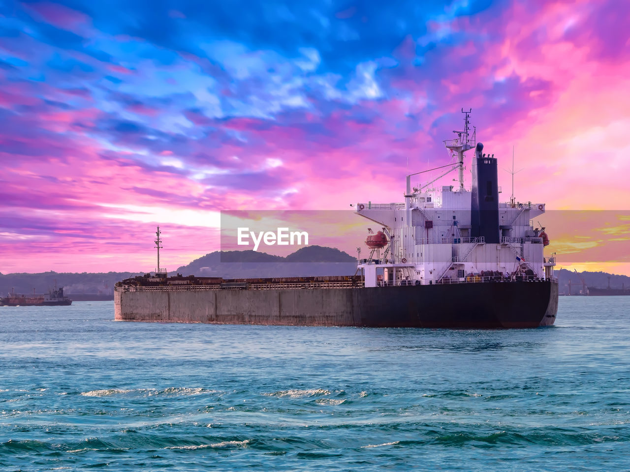 sea, water, sunset, sky, nautical vessel, cloud - sky, waterfront, ship, industry, transportation, freight transportation, mode of transportation, nature, beauty in nature, business, shipping, no people, scenics - nature, outdoors