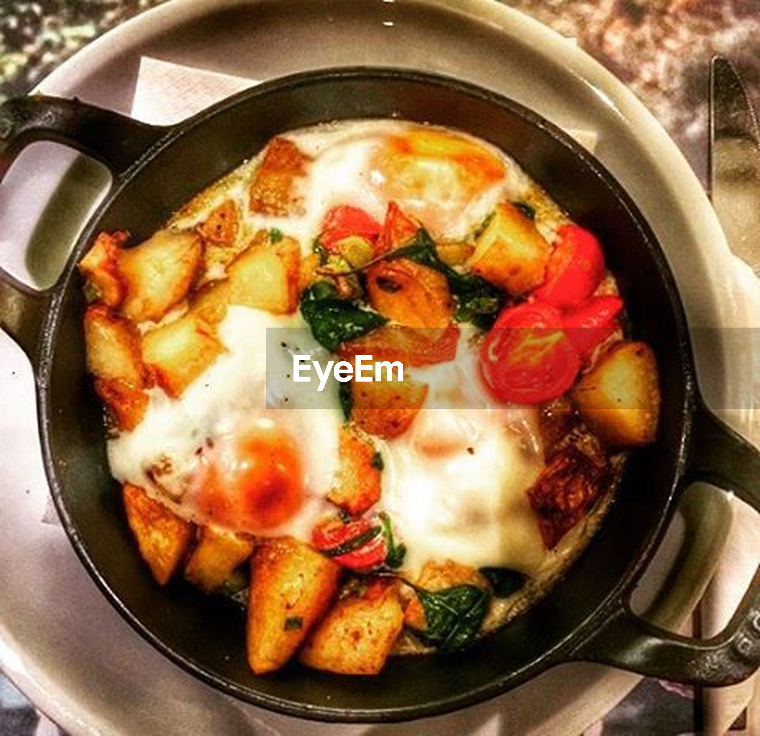 food, food and drink, freshness, healthy eating, ready-to-eat, indoors, close-up, bowl, meal, meat, cooking, still life, frying pan, high angle view, preparation, cooking pan, serving size, plate, indulgence, vegetable