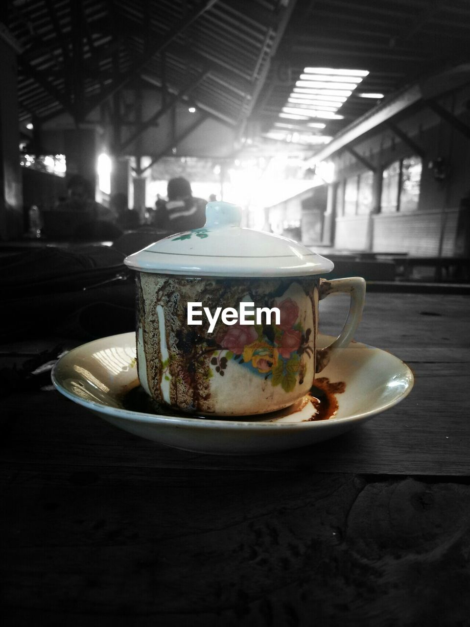 food and drink, cup, drink, refreshment, crockery, mug, table, saucer, hot drink, tea, freshness, indoors, food, no people, tea - hot drink, tea cup, still life, close-up, kitchen utensil, focus on foreground, floral pattern