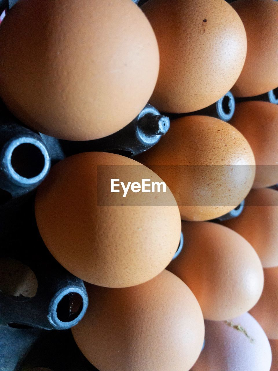 egg, food and drink, food, brown, healthy eating, wellbeing, still life, indoors, close-up, no people, large group of objects, freshness, raw food, full frame, vulnerability, backgrounds, fragility, arrangement, group of objects, directly above