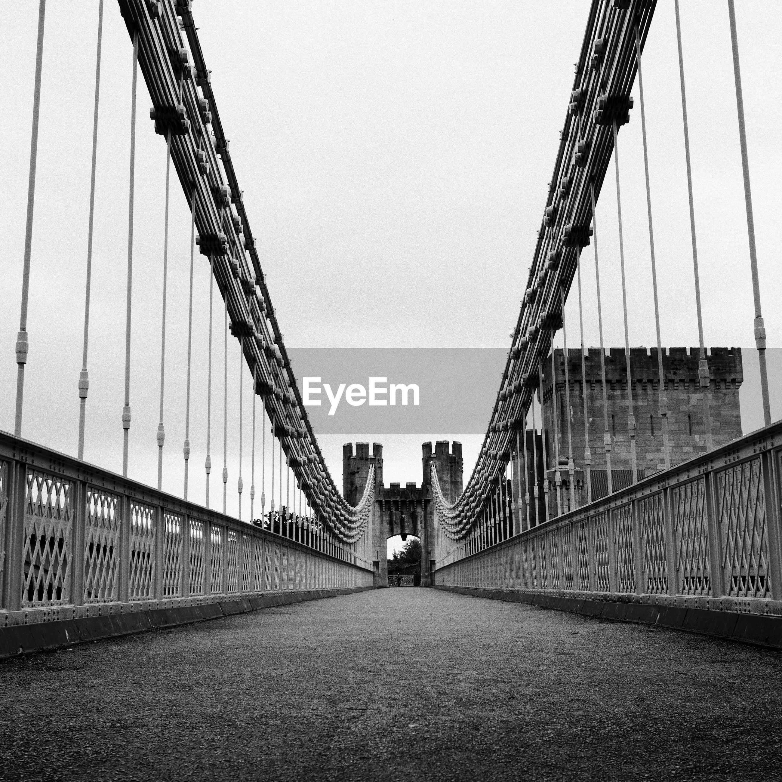 SUSPENSION BRIDGE IN CITY