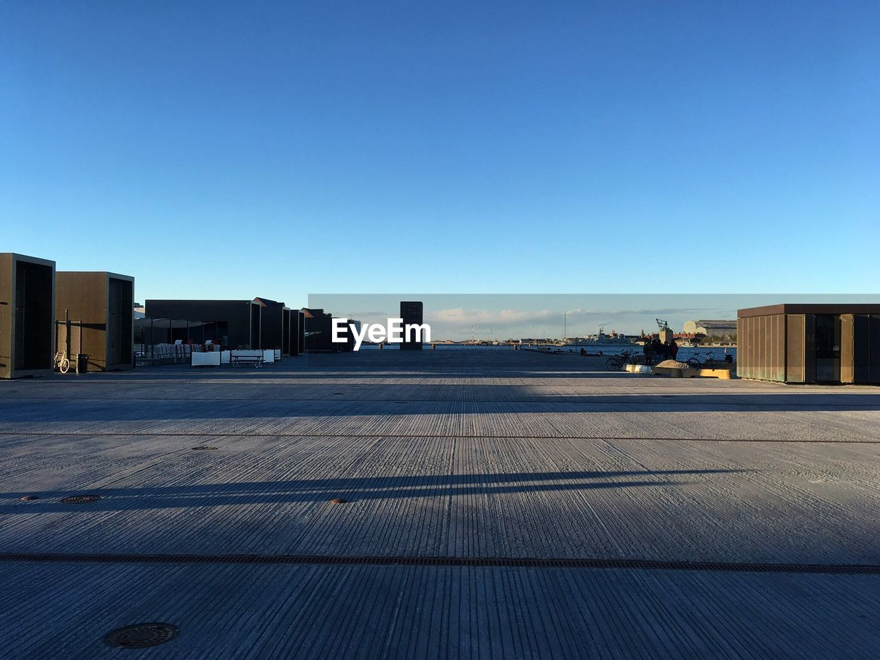 built structure, building exterior, clear sky, copy space, architecture, no people, transportation, outdoors, day, blue, sky, city