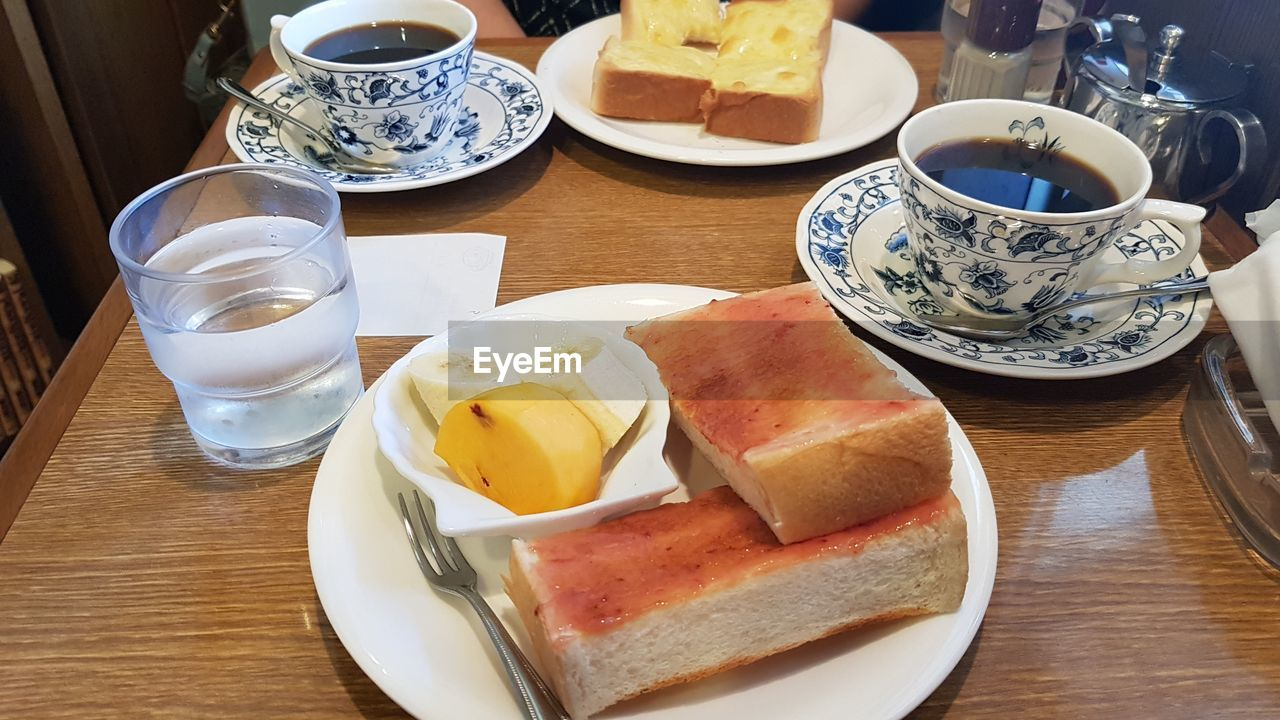 food and drink, food, bread, breakfast, plate, table, freshness, healthy eating, indoors, refreshment, drink, no people, slice, ready-to-eat, sandwich, close-up, day
