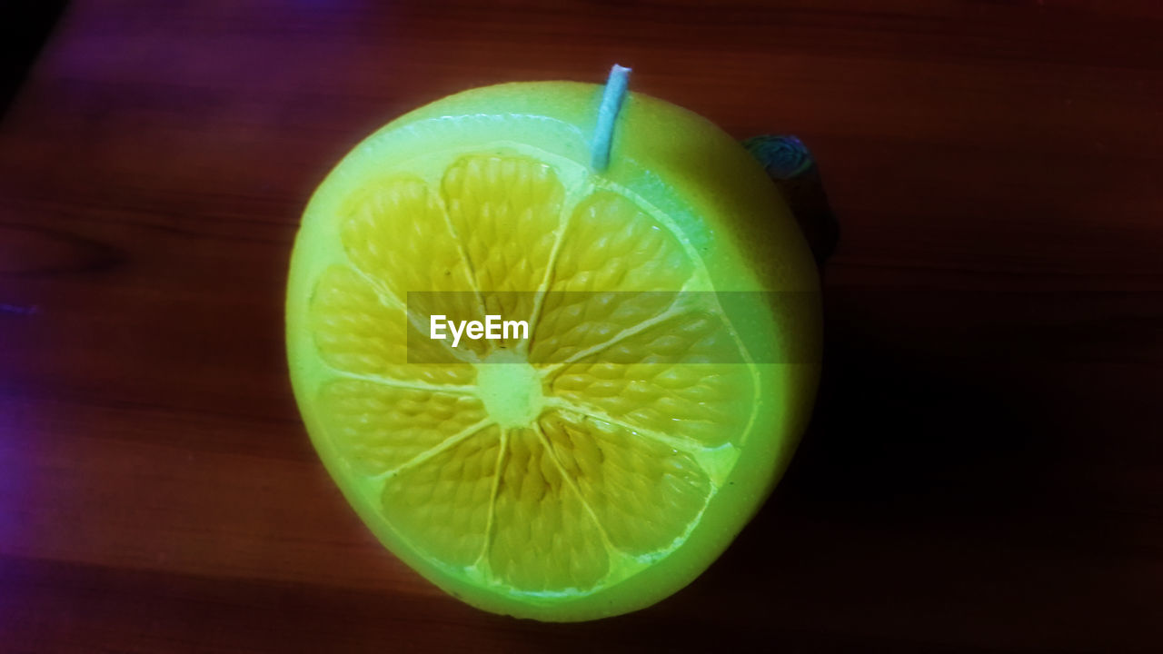fruit, healthy eating, food and drink, freshness, slice, food, green color, close-up, citrus fruit, cross section, table, no people, lime, indoors, day, ready-to-eat