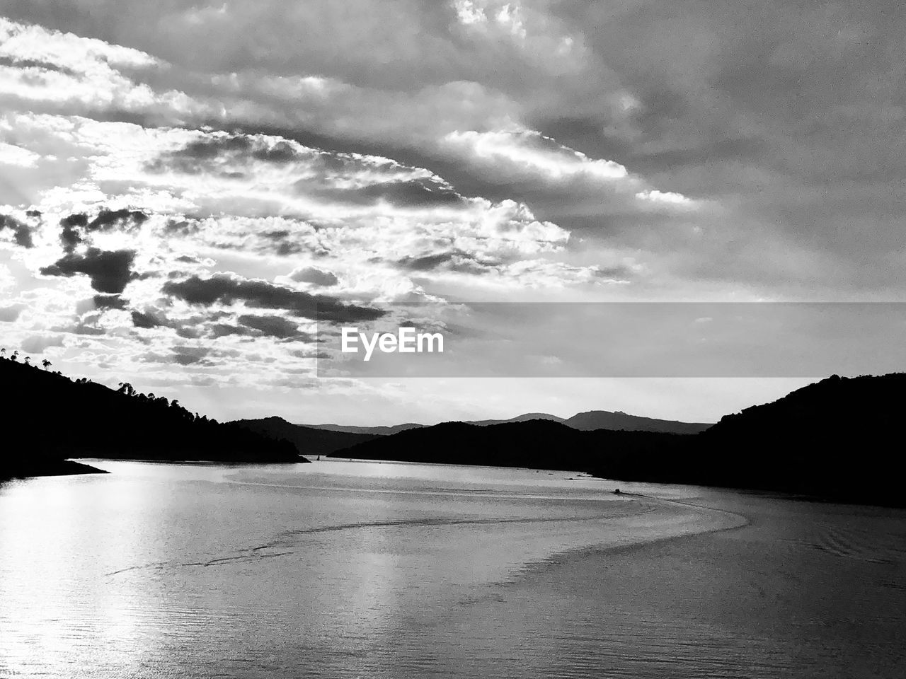 sky, cloud - sky, water, beauty in nature, scenics - nature, tranquil scene, tranquility, mountain, nature, beach, land, sea, no people, non-urban scene, day, silhouette, outdoors, environment