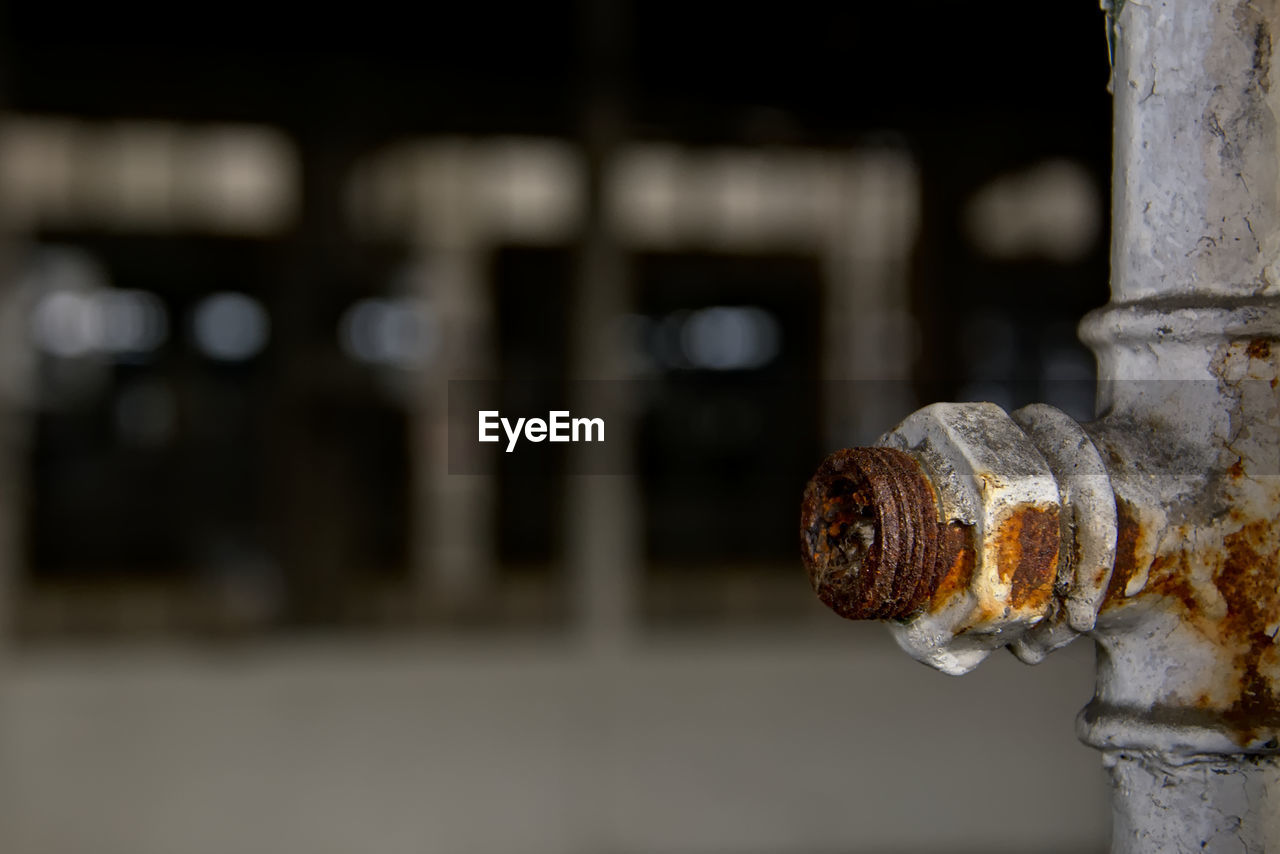 metal, focus on foreground, close-up, rusty, no people, outdoors, nut - fastener, day