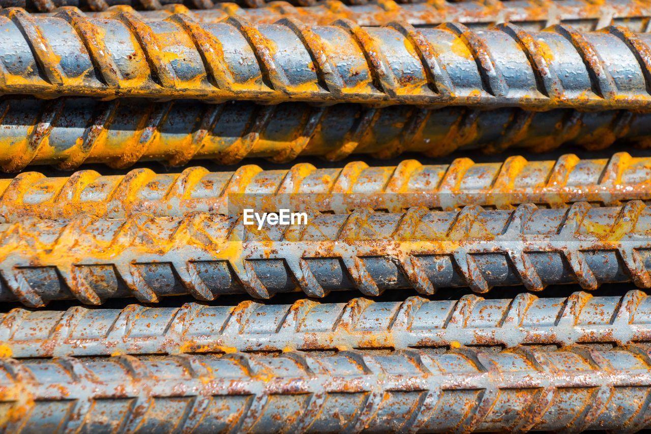 Full Frame Shot Of Rusty Rods