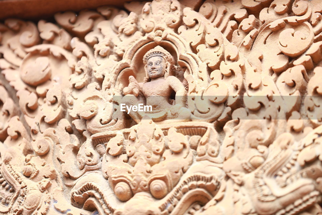 art and craft, religion, craft, spirituality, representation, human representation, creativity, belief, no people, sculpture, architecture, statue, carving - craft product, built structure, place of worship, building, male likeness, ornate, architecture and art, bas relief, carving, idol
