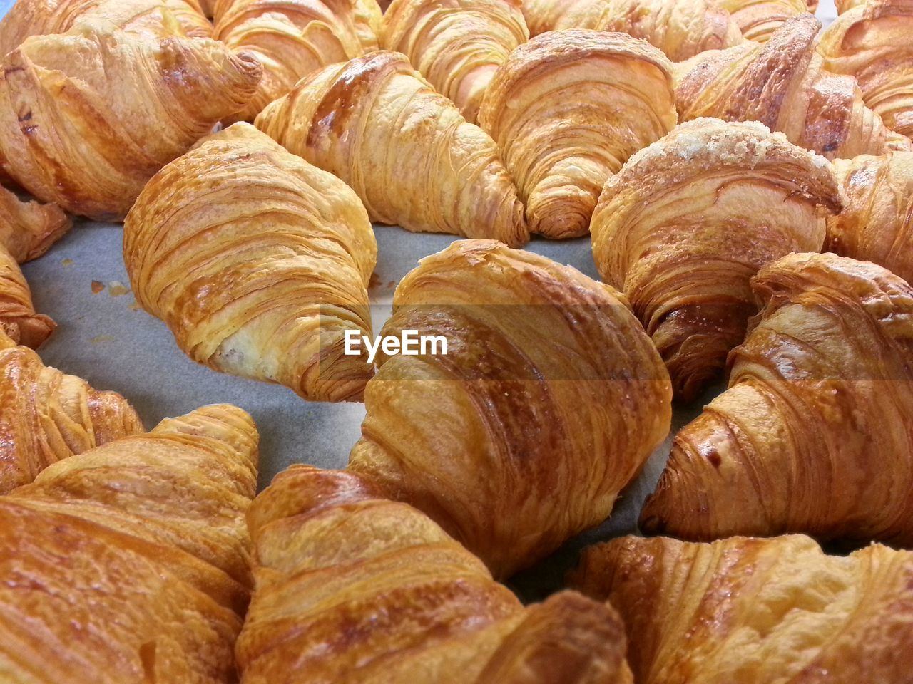 croissant, food, baked, french food, food and drink, brown, backgrounds, close-up, full frame, bread, sweet bun, no people, freshness, sweet food, puff pastry, ready-to-eat, indoors, healthy eating, day